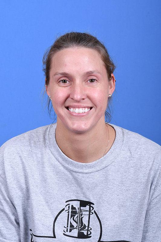 Dr Danielle Nesbitt