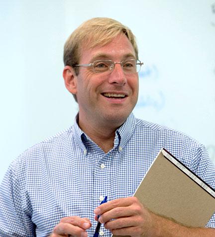 Dr. Nikolai Wenzel, professor