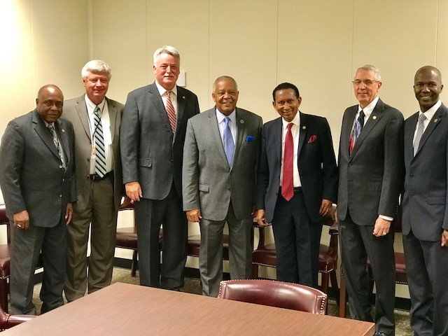 Senator Merideth and others with Chancellor Anderson